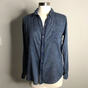 Sundry Women's 1 Small Blue Button up Casual Top